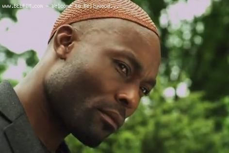 Jimmy Jean-Louis in Doctor Bello